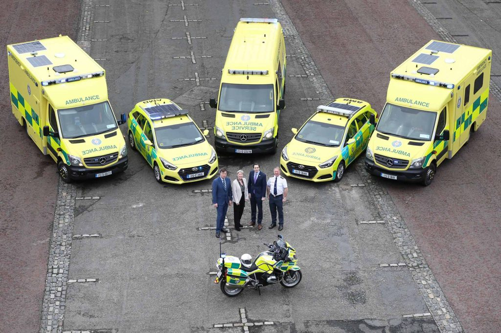 NO REPRO FEE 17/11/2017 HSE New Ambulances. The HSE National Ambulance Service (NAS) has introduced 91 new vehicles into its services during 2017. Pictured with a selection from the HSE National Ambulance Service's range of new energy efficient emergency care vehicles today at Dublin Castle are (l to r) Liam Woods, National Director, Acute Hospitals, HSE; Joan Regan, Department of Health; Simon Harris TD, Minister for Health; and Martin Dunne, Director of the HSE National Ambulance Service. The capital spend of €14.5m has allowed the vehicles, and equipment for each one, to be purchased this year. They include 55 Emergency Ambulances, 7 Intermediate Care Vehicles, 25 Rapid Response Vehicles (cars/jeeps), 2 Critical Care Ambulances (containing enhanced medical equipment for critically ill patients) and 2 Driver Training Units. For more information see www.nationalambulanceservice.ie. Photograph: Sasko Lazarov / Photocall Ireland