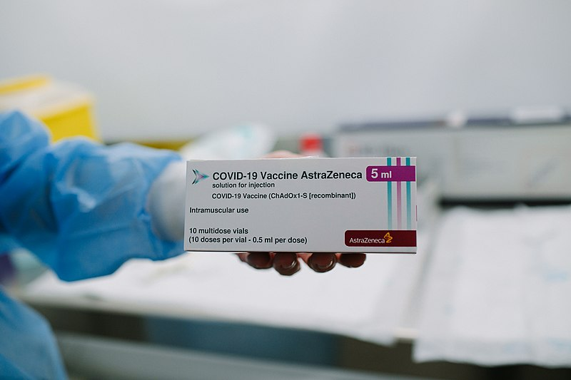 AstraZeneca vaccine to be restricted for use with Irish people over 60